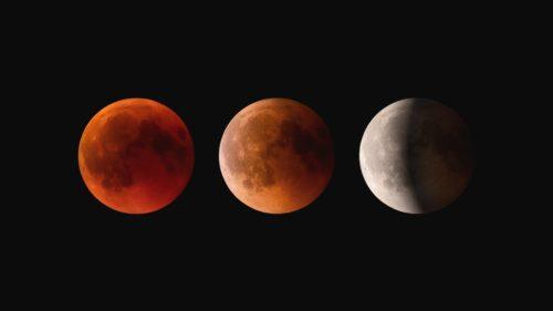3 moons photo